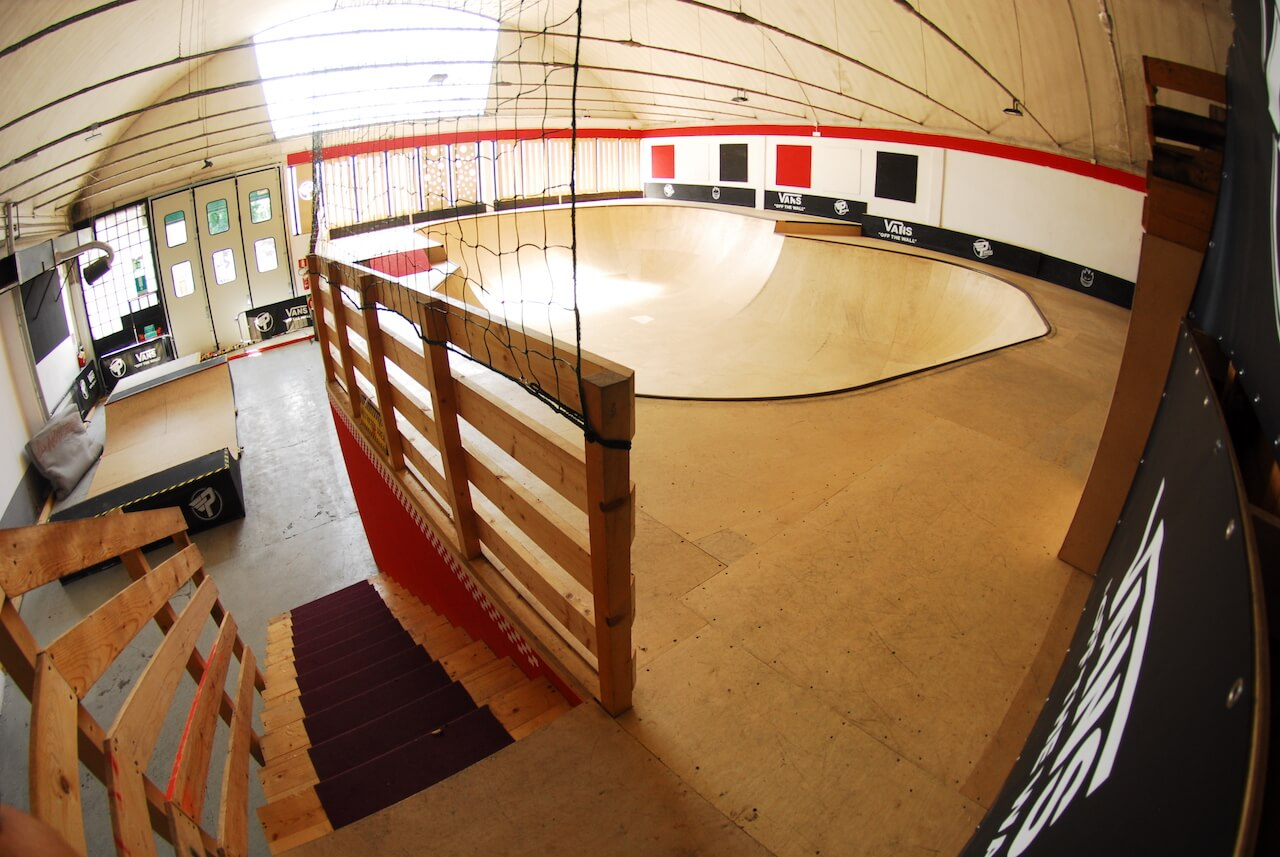 mini ramp skatepark indoor milano